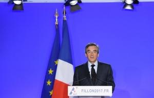 648x415_francois-fillon-annonce-maintient-candidature-lors-conference-presse-mercredi-1er-mars